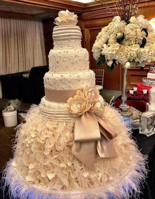 Fancy Wedding Cakes  Elegant Stylish Wedding Cake s and