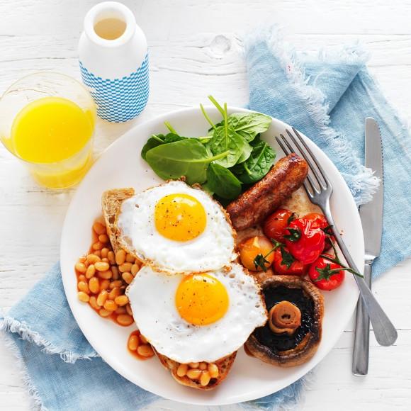 Fast Food Healthy Breakfast  Healthy Big Breakfast with Fried Eggs Recipe