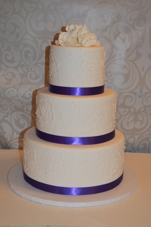 Faux Wedding Cakes  3 Tier Faux Wedding Cake fake wedding cake dispaly wedding