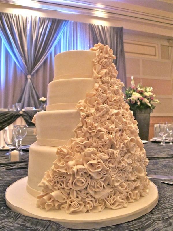 Ferrero Rocher Wedding Cakes  51 Designer Wedding and Engagement Cakes 2014 Mumbai