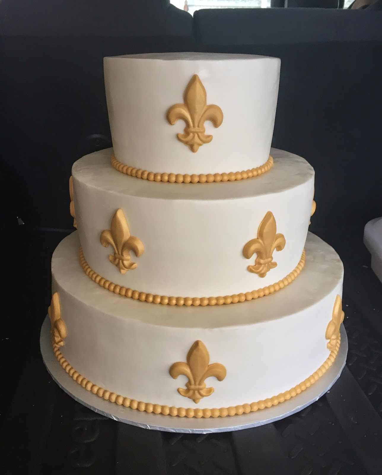 "Fleur De Lis Wedding Cakes  Cakes by Mindy Gold Fleur de Lis Wedding Game 8"" 12"" & 16"""