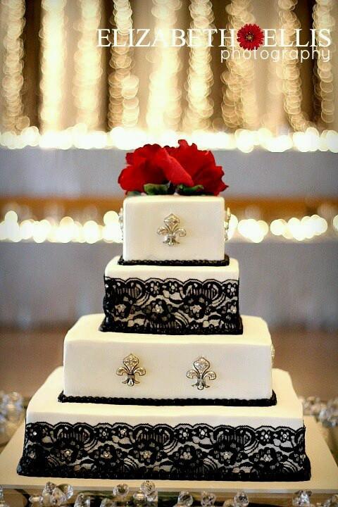 Fleur De Lis Wedding Cakes  Fleur de lis wedding cake