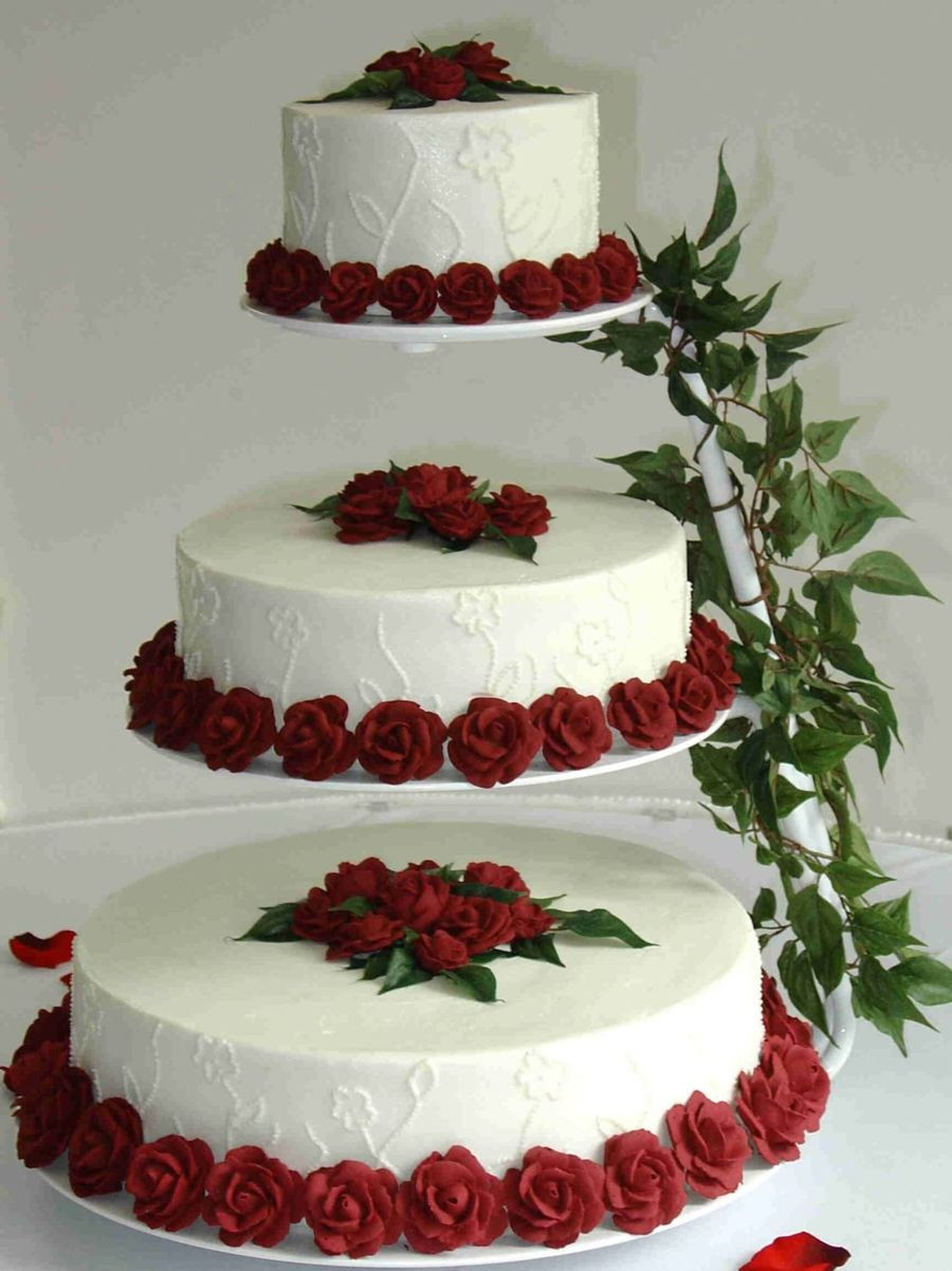 Floating Wedding Cakes  Floating Cake With Embroidered Flowers And Royal Roses