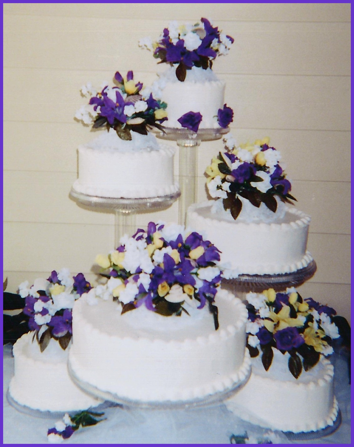 Flowers For Wedding Cakes Artificial  Fearsome Silkwers For Wedding Cakes Artificialwer Cake