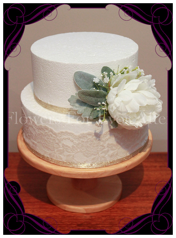 Flowers For Wedding Cakes Artificial  How To Decorate Wedding Cake With Artificial Flowers