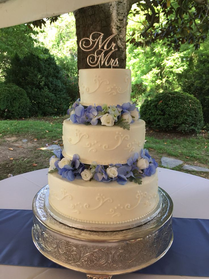 Flowers For Wedding Cakes Artificial  95 best images about Wedding cakes on Pinterest