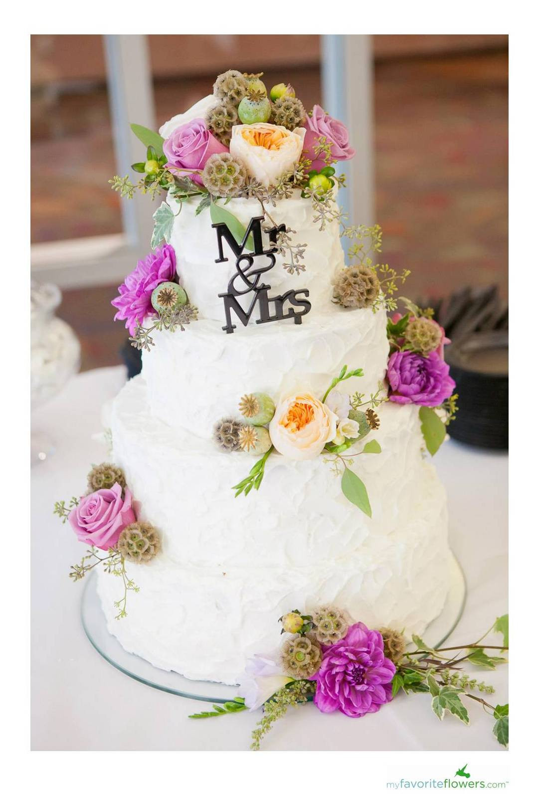 Flowers For Wedding Cakes  Flower Advice Tips on putting fresh flowers on the