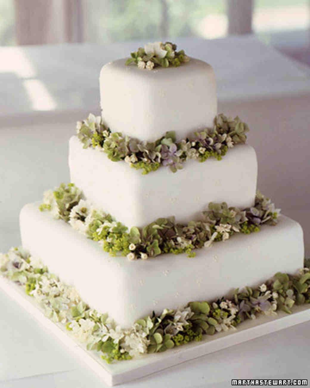 Fondant Wedding Cakes  Modern Wedding Cakes