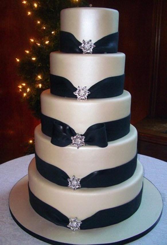 Fondant Wedding Cakes  Special Fondant Wedding Cakes ♥ Yummy Wedding Cake