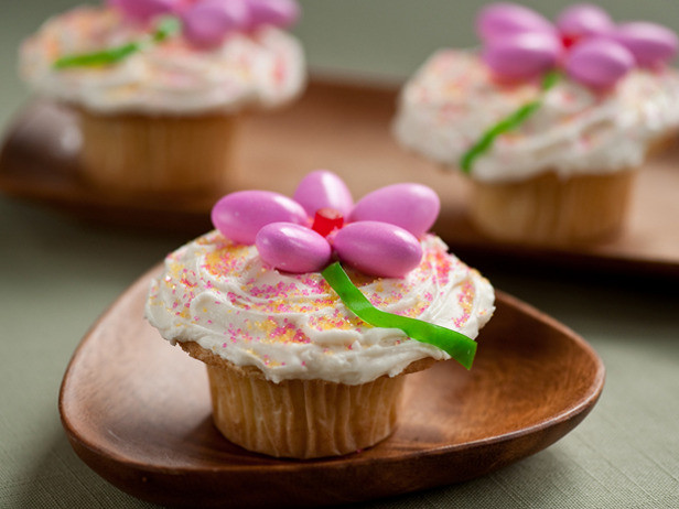 Food Network Easter Desserts  Tasty Tuesday Easter Cupcakes