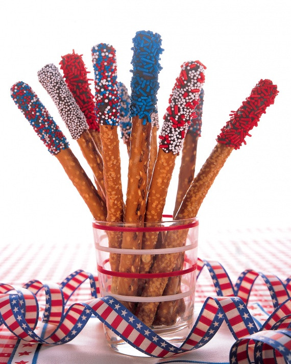 Fourth Of July Pretzels  Sweet Patriotic Treats – Our Empty Nest