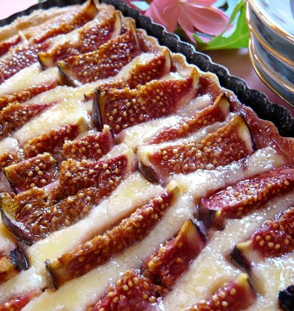 Fresh Fig Recipes Healthy  Delicious Fig Pie with Almond Cream recipe — Eatwell101
