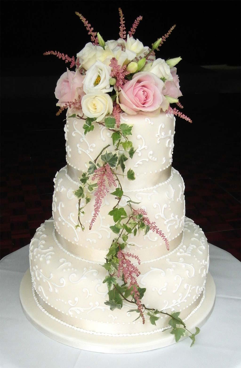 Fresh Flowers On Wedding Cakes  Wedding Cakes