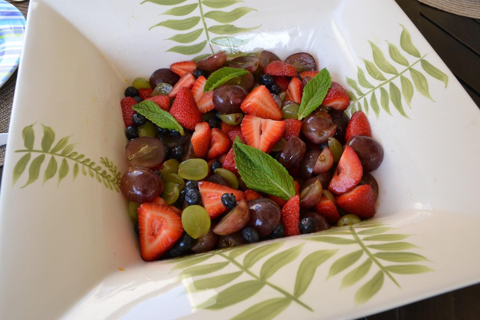 Fruit Salad For Easter Dinner  Plan to Happy Recipes for Easter Sunday Brunch Menu Plan