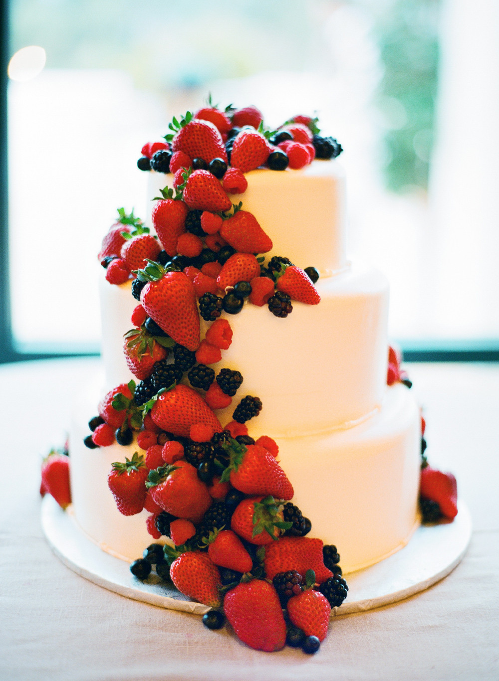 Fruity Wedding Cakes  What You Need to Know About Wedding Cakes