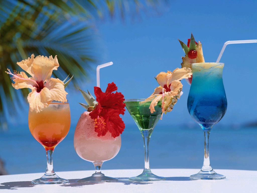 Fun Summer Vodka Drinks  The gallery for Tropical Island Beach Drinks