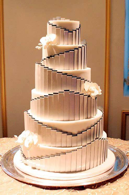 Gatsby Wedding Cakes  For your Gatsby themed wedding Articles Easy Weddings