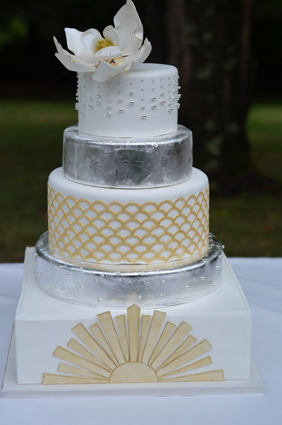 Gatsby Wedding Cakes  Great Gatsby Wedding Cake With Sugar Magnolia And Edible