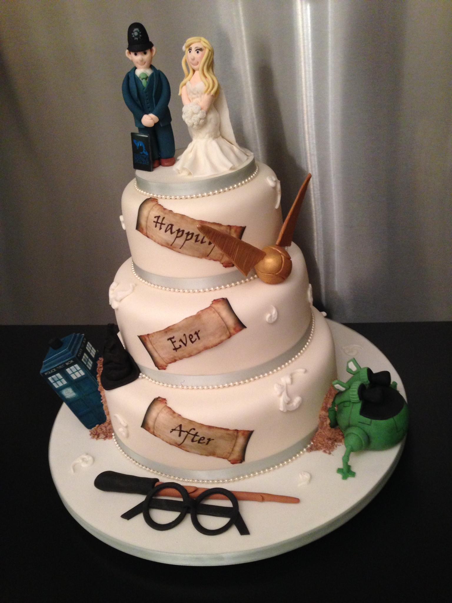 Geek Wedding Cakes  Wedding Cakes SugarPerfection