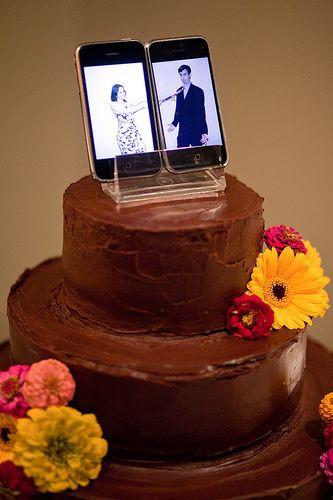 Geek Wedding Cakes  25 best ideas about Geek Wedding Cakes on Pinterest