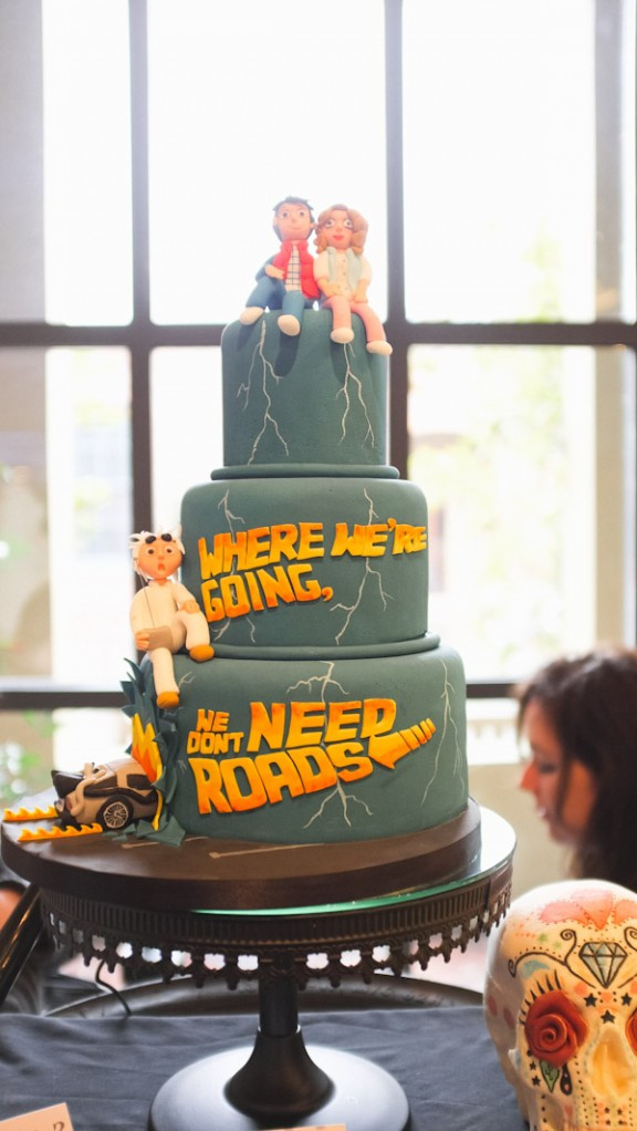 Geek Wedding Cakes  20 Geeky Wedding Cakes That Will Blow Your Socks f