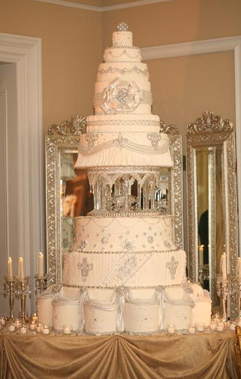 Gigantic Wedding Cakes  Best 25 Huge wedding cakes ideas on Pinterest