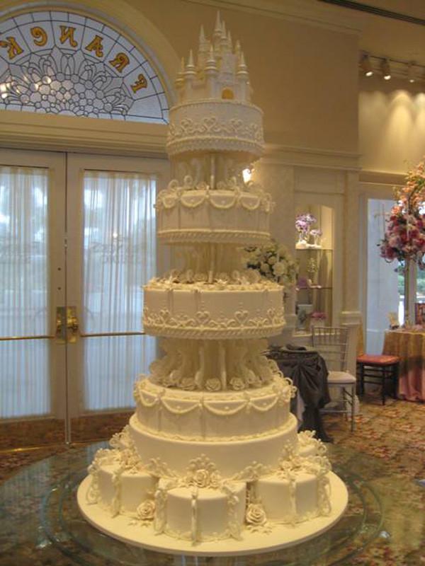 Gigantic Wedding Cakes  Cakes Disney History