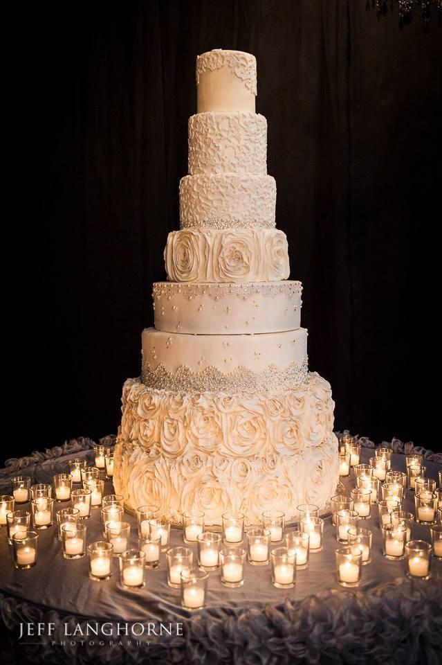 Gigantic Wedding Cakes  Chic Daily Wedding Cake Ideas New MODwedding