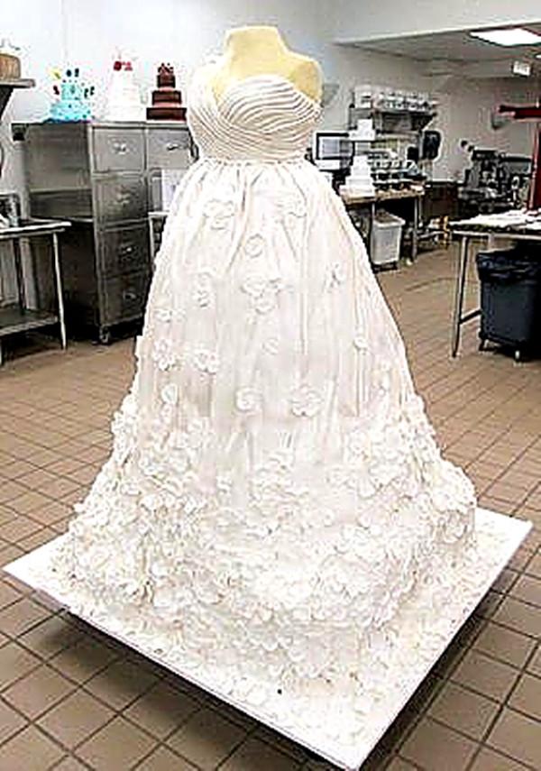 Gigantic Wedding Cakes  An Incredible Wedding Cake The Culinary Cellar