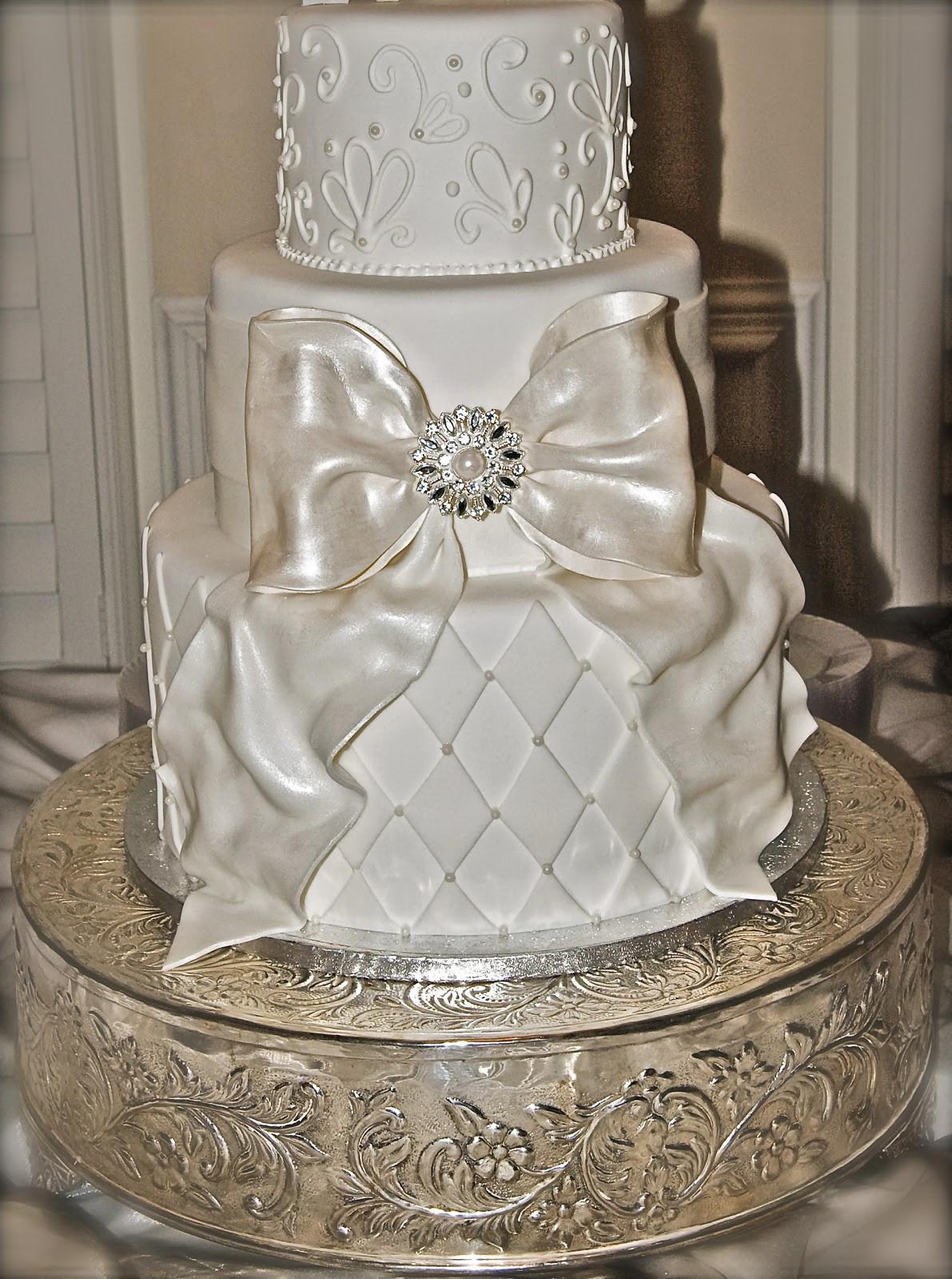 Gigantic Wedding Cakes  The Good Apple Big Bow Wedding Cake