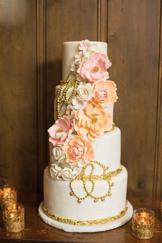 Glam Wedding Cakes  Old Hollywood Glam Wedding