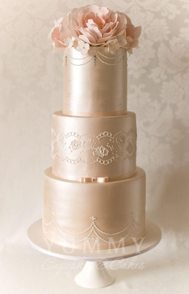 Glamour Wedding Cakes  Vintage Glamour Wedding Cake Wedding Cakes