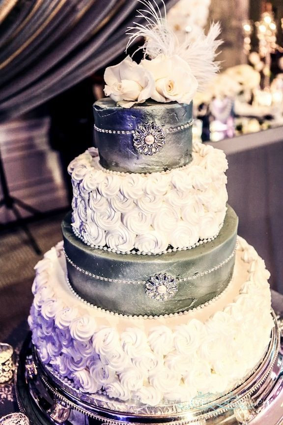 Glamour Wedding Cakes  1000 images about wedding whore on Pinterest