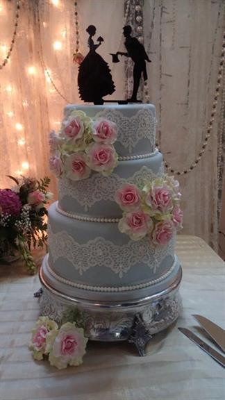 Glamour Wedding Cakes  Glamour Cakes Centurion Projects photos reviews and