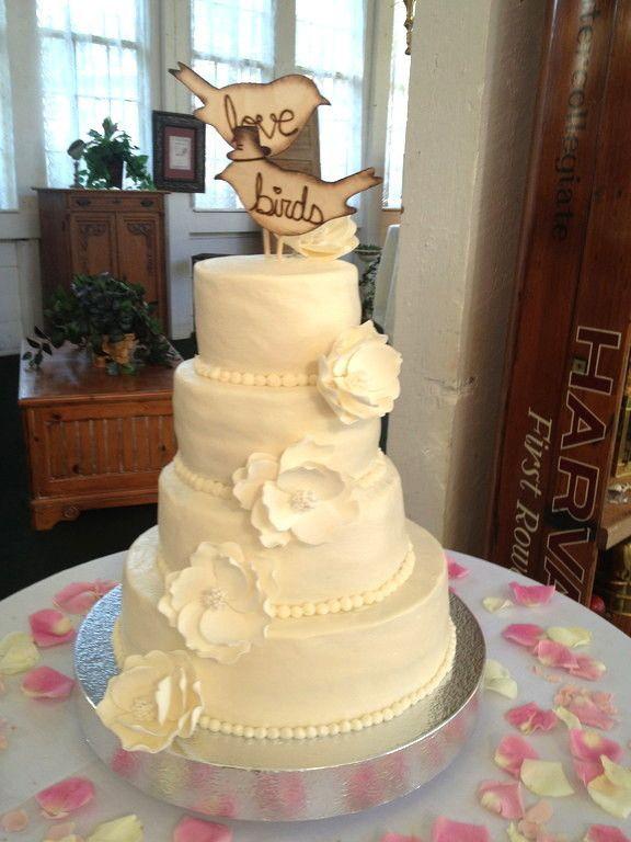Gluten Free Wedding Cakes  Gluten free wedding cake idea in 2017