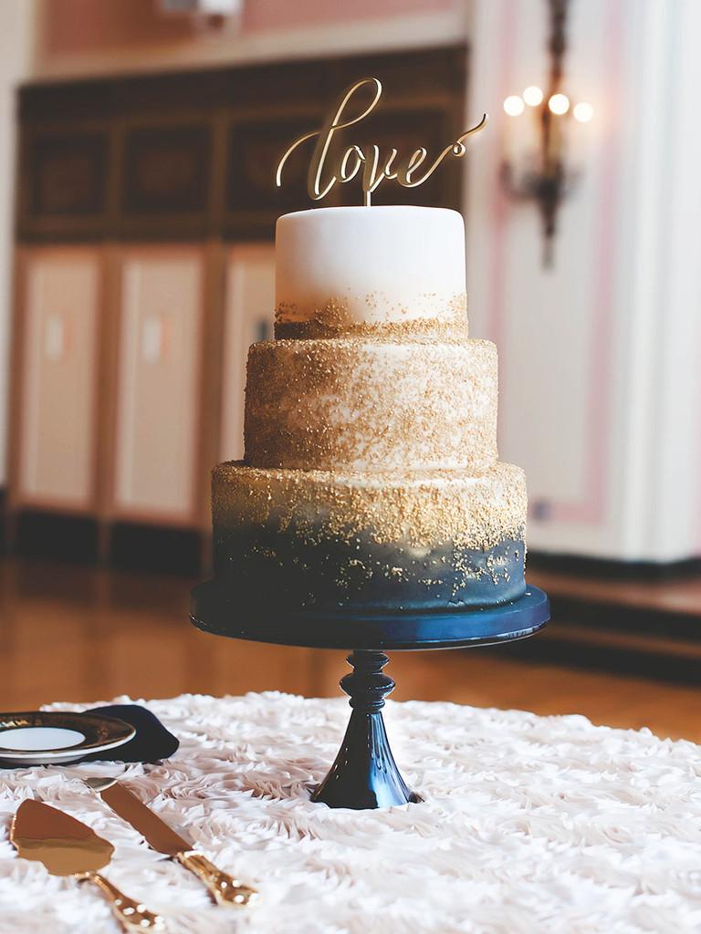 Gold Wedding Cakes  18 Glamorous Metallic Wedding Cakes