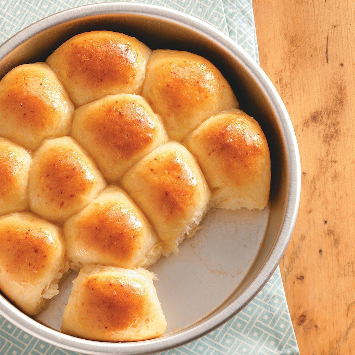 Golden Corral Easter Dinner  Baker s Dozen Yeast Rolls Recipe