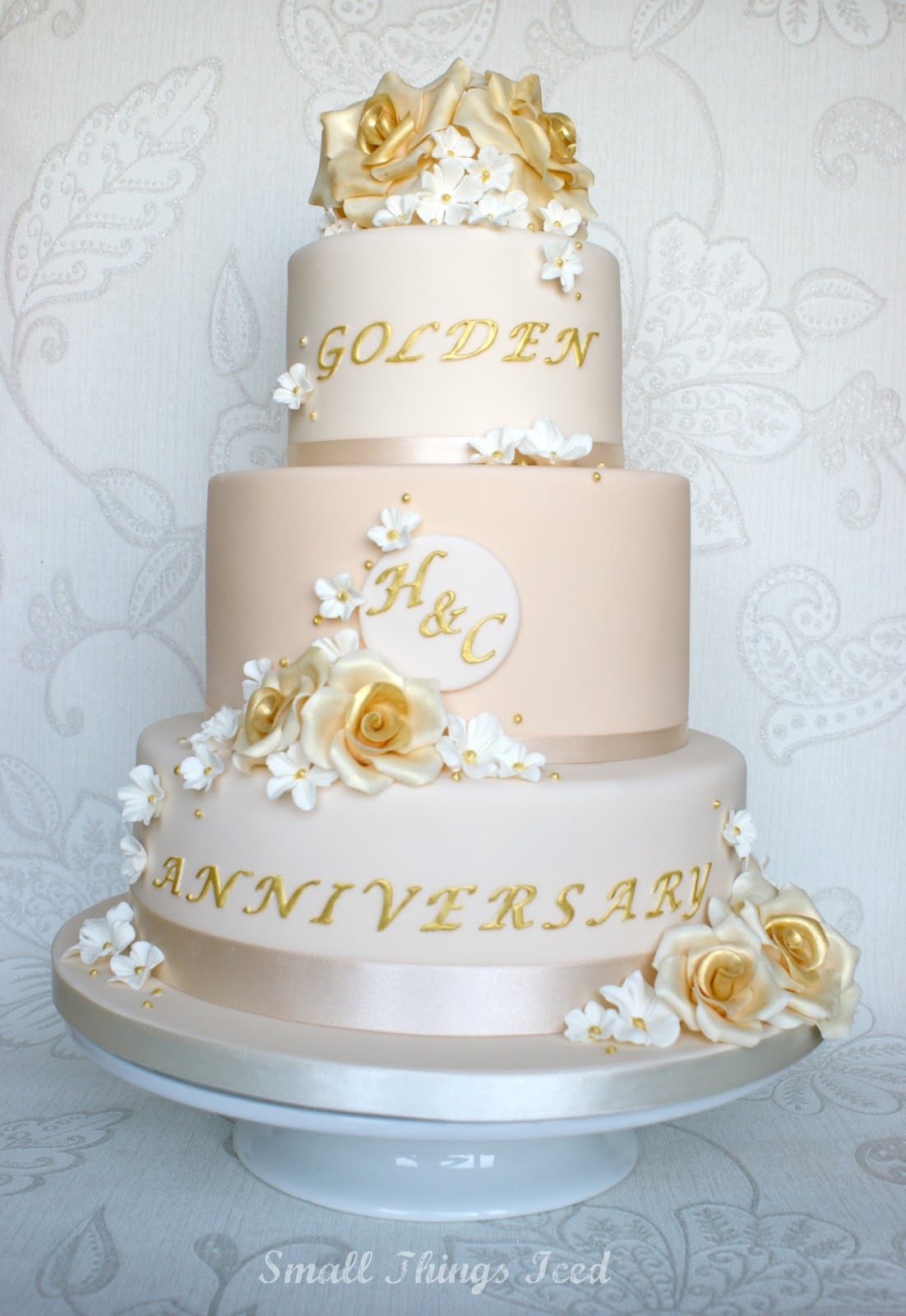 Golden Wedding Anniversary Cakes  Small Things Iced Golden Wedding Anniversary Cake