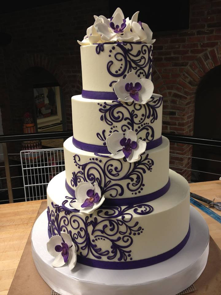 Gorgeous Wedding Cakes  10 Beautiful Wedding Cakes We Love