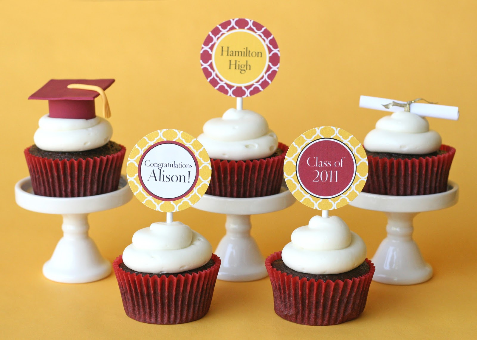 Graduation Cap Cupcakes  Graduation Cupcakes and How To Make Fondant Graduation