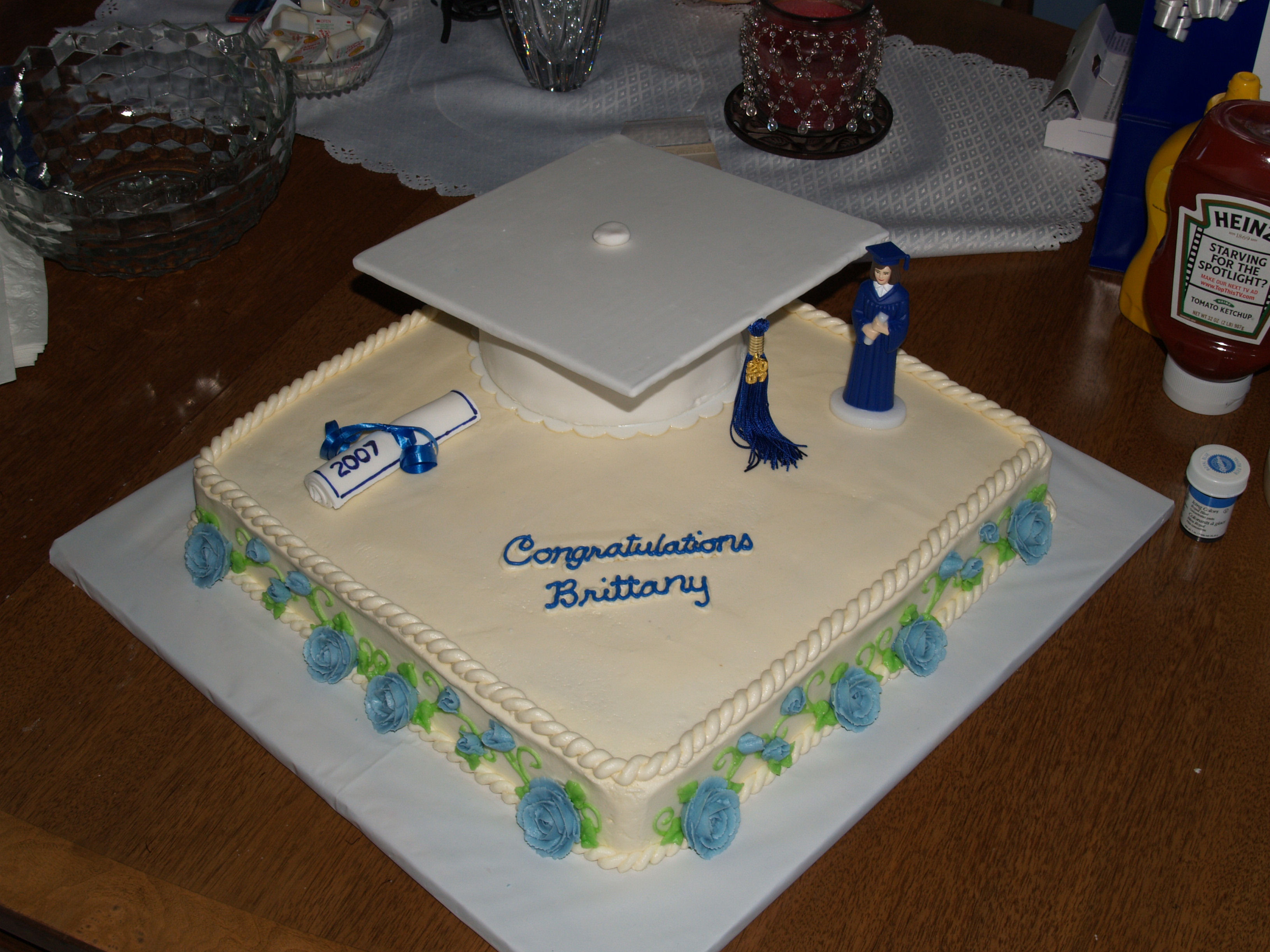 Graduation Cupcakes Decorating Ideas  Graduation Cakes – Decoration Ideas