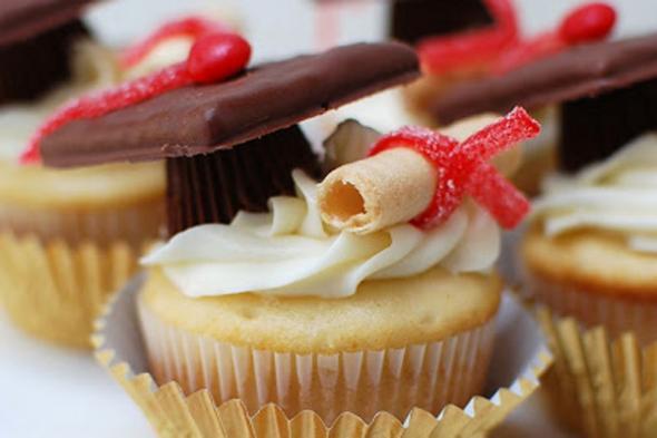 Graduation Cupcakes Ideas  Graduation Party Ideas 2015