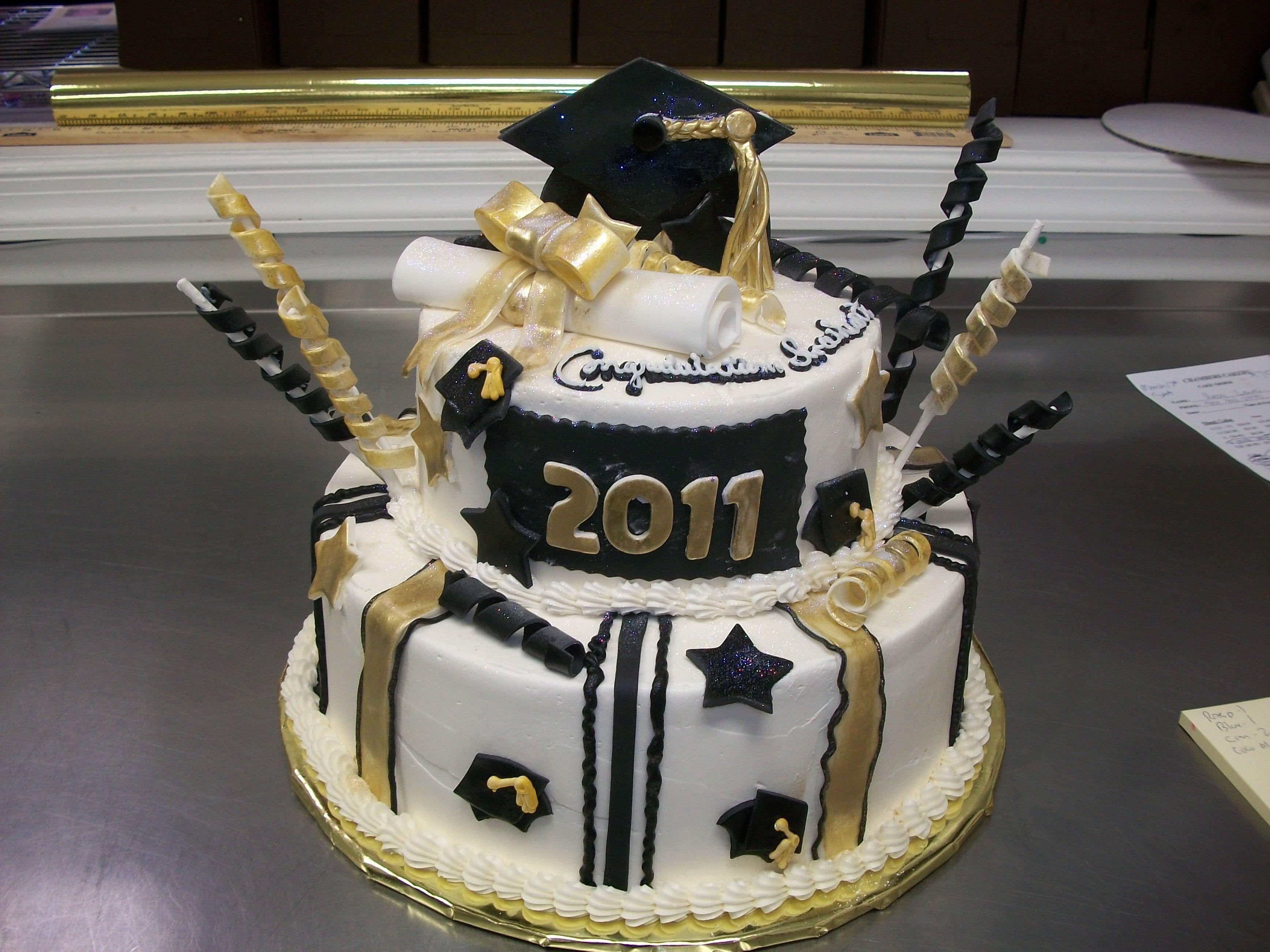 Graduation Cupcakes Walmart  Black and Gold Graduation Cake
