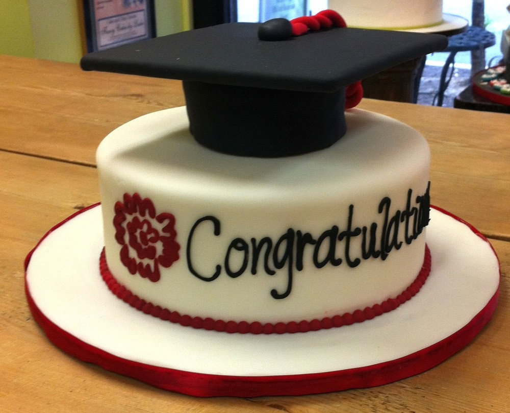 Graduation Cupcakes Walmart  Graduation Cakes for Best Friend's Special Gift