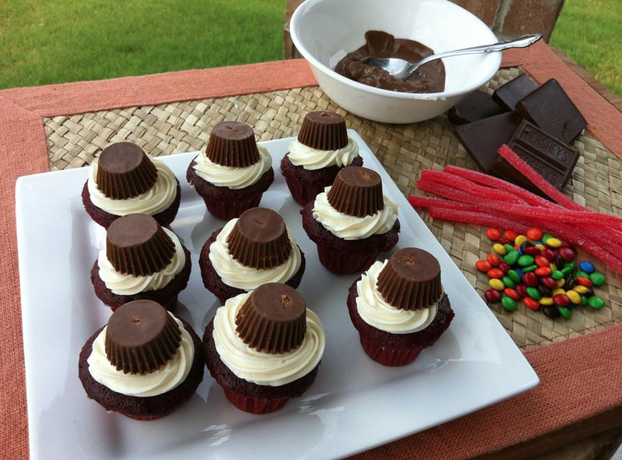 Graduation Dessert Ideas  Graduation Cupcakes Dessert Idea iSaveA2Z