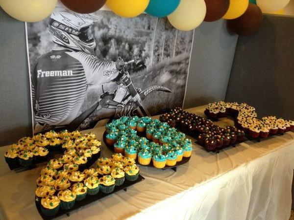 Graduation Dessert Table  50 Creative Graduration Party Ideas