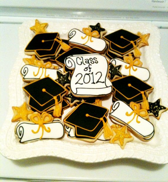 Graduation Sugar Cookies  251 best Graduation Decorated Cookies and Cake Pops images