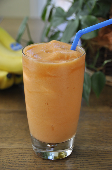 Great Tasting Healthy Smoothies  Carrot Pineapple Smoothie