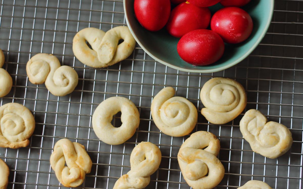 Greek Easter Desserts  Greek Easter Cookies Koulourakia Recipe