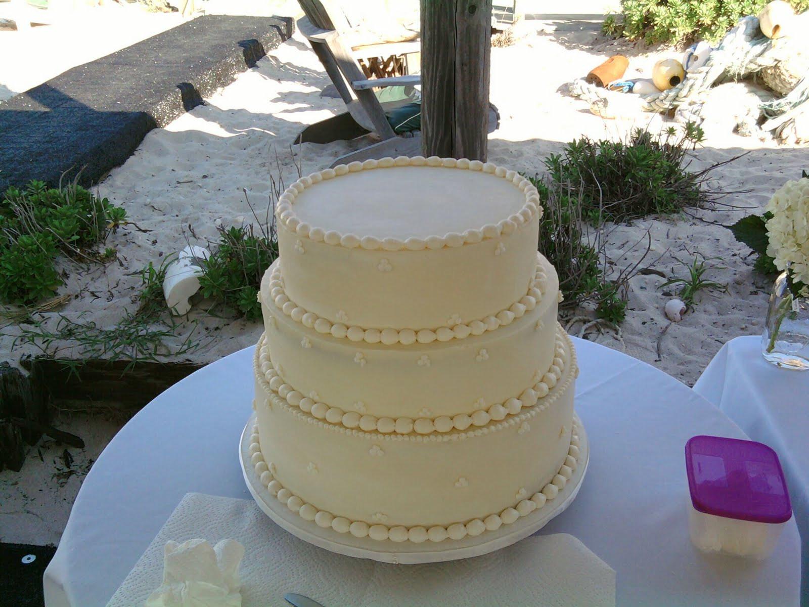 Greek Wedding Cakes  Beautiful Greek wedding